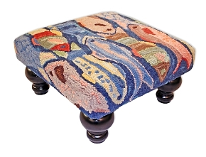 FS-682 SWIMMING FISH HOOKED WOOL STOOL
