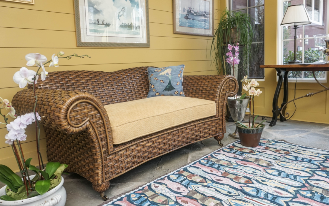 Hooked Rugs and Pillows for Lake House Decorating ...