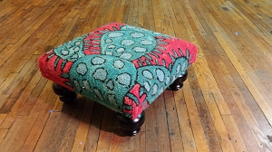 BLOOMERS CACTUS FOOT STOOL