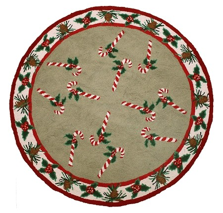 H342A CANDY CANE & PINE CONE TREE RUG